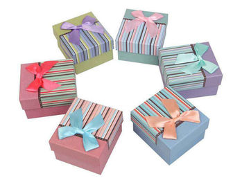 China Jewelry Personalized Packaging Boxes / Ornaments Gift Packing Box supplier
