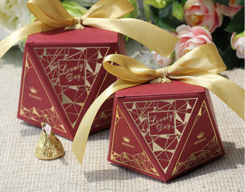 China Chocolate Food Gift Boxes Packaging , Square Paper Food Presentation Boxes factory